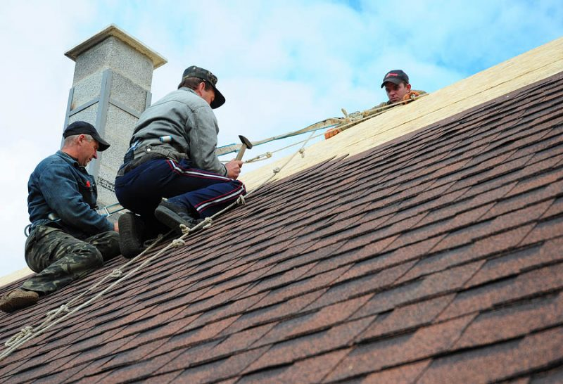 emergency roofing contractor
